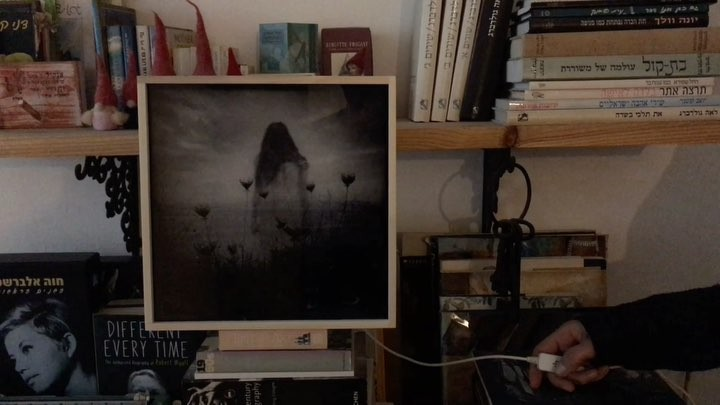 This is 4X4 DADA Light box featuring one of my images! An exceptional collaboration between @mobilecameraclub and @dada_light_official, featuring nearly 30 art prints from some of the greatest Mobile photographers and artists around. Follow the light! http://go.strongcomet.com/dada